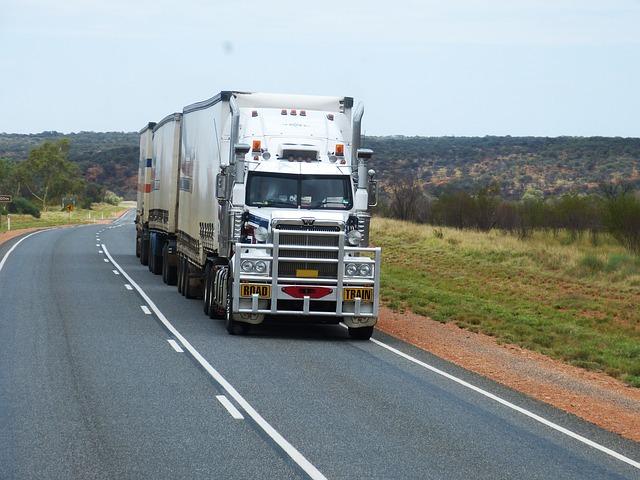 camion américain sur la route